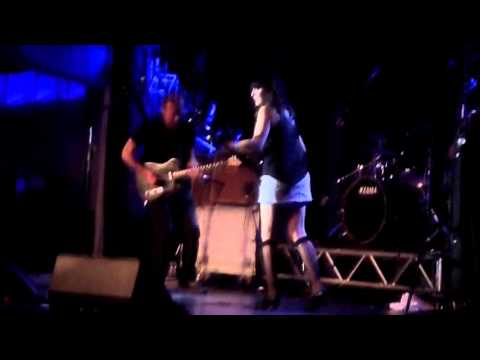 Hugh Cornwell - Strange Little Girl Live