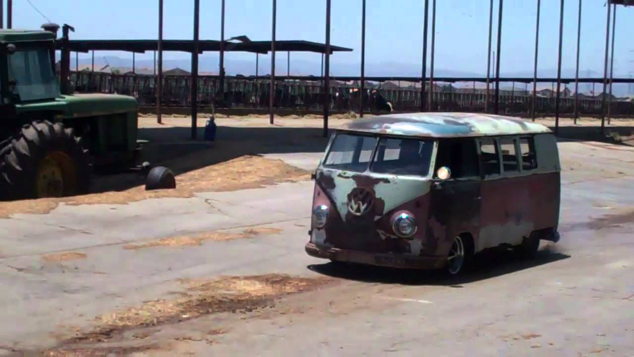 Vw Barn Door Bus With Turbo Motor Test Youtube