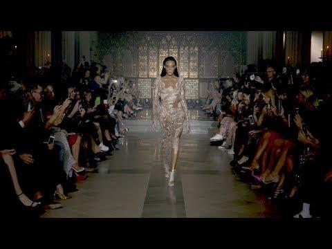 JULIEN MACDONALD London Fashion Week Spring/Summer 2019