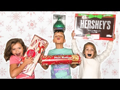Giant Vs Tiny Holiday CANDY Challenge