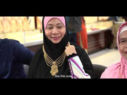See Why Joyalukkas Remains The Top Choice In Jewellery Shopping For Ms. Norazizah And Her Family.
