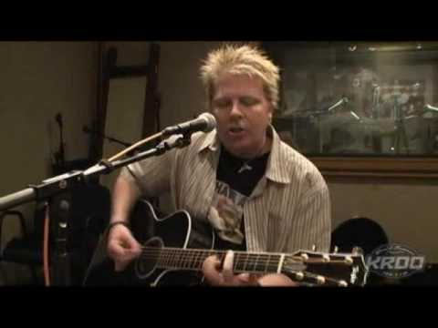 The Offspring - Come Out And Play Acoustic on KROQ 2009