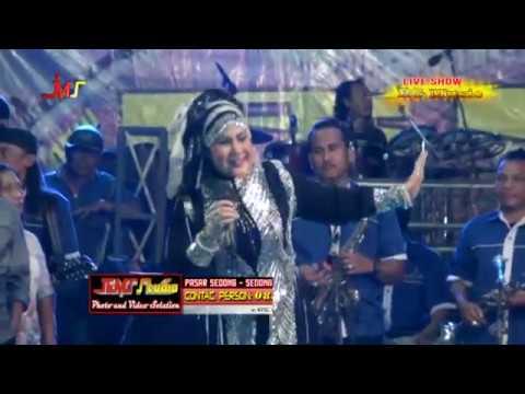 Elvy Sukaesih - PENGOBAT RINDU [Live Dangdut] Cirebon