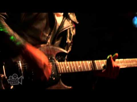 VHS or BETA - Love In My Pocket (Live in Sydney)   Moshcam