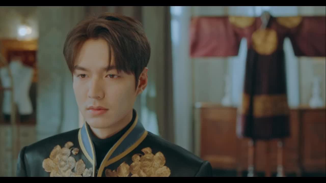 Quân Vương Bất Diệt tập 15: Lee Min Ho khoác bộ lễ phục trịnh trọng nhất, quyết chiến sinh tử để…