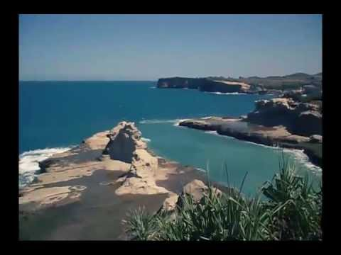 (Fun Vacation) Pantai Klayar Pacitan - South Beach Of Pacitan Indonesia.mp4