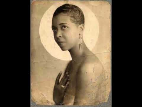 Ethel Waters - Sweet Georgia Brown 1925 (Ebony Four)