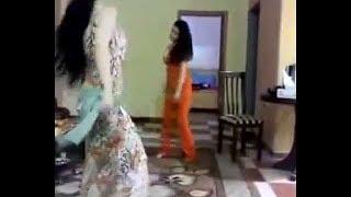 Download Video أجمل رقص يمني 2018 على أغنية مغربية - دور بيها يالشمالي دور بيها - الفنان حسين محب MP3 3GP MP4