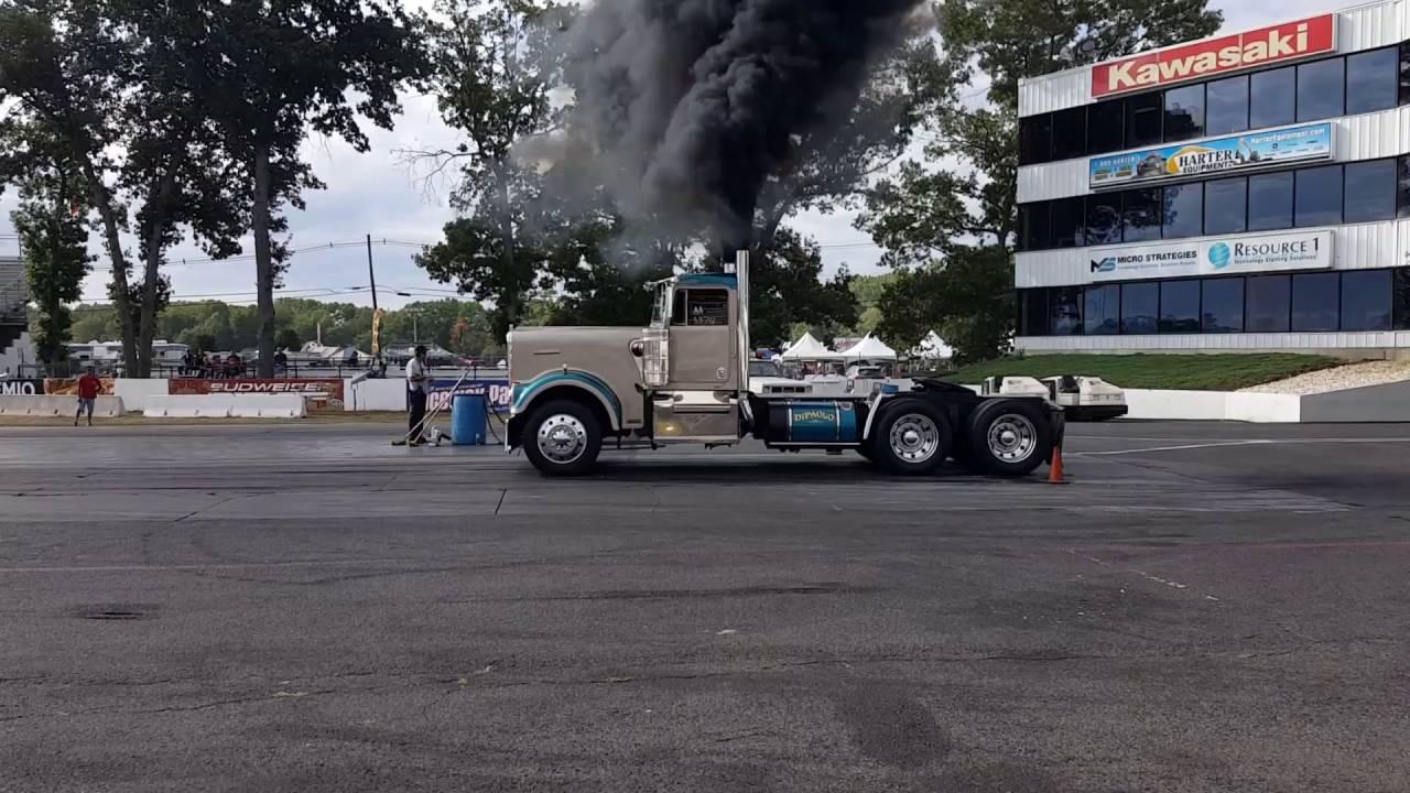 40th annual us diesel truckin nationals raceway park englishtown nj 9 17 2016