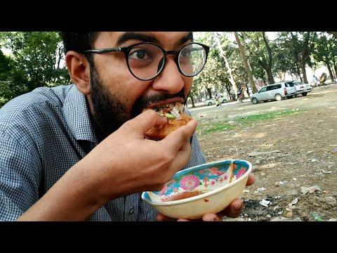 Eating Bengali Bhel Puri/Pani Puri