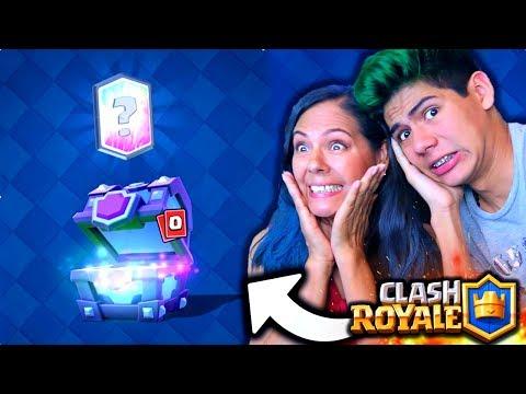 ¡Mi mamá JUEGA y CONSIGUE LEGENDARIAS en Clash Royale! - [ANTRAX] ☣