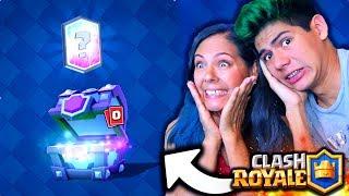 ¡Mi mamá JUEGA y CONSIGUE LEGENDARIAS en Clash Royale! - [ANTRAX] ☣ thumbnail