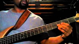 Tramaine Hawkins Bass Lesson: Going Up Yonder