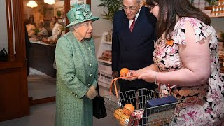 Watch: Security conscious Queen Elizabeth asks if automatic checkouts can be \'diddled\'