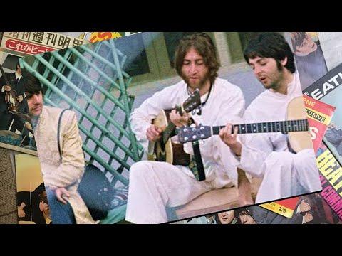 ♫ The Beatles photos / John Lennon and Paul McCartney in Rishikesh, India