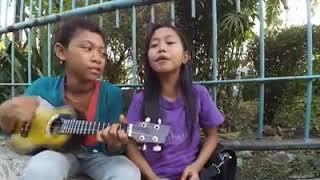 Pengamen cilik nyanyi IJAB KABUL- COVER KANGEN BAND lagunya sampai ke hati (kids zaman now)