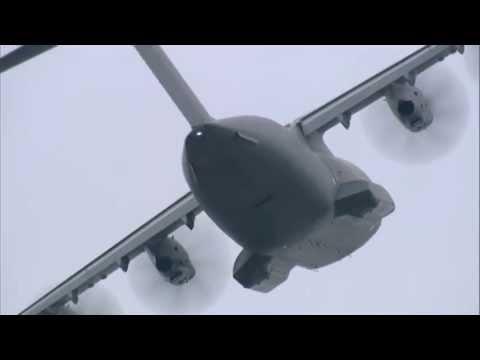Paris Air Show 2013 - Friday 21 June, Airbus A400M Flying demo - uncut version