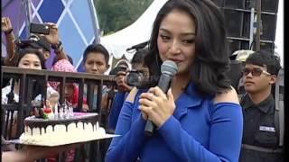 Video Ciee Chand Kelvin Kasih Kue Ulang Tahun Untuk Siti Badriah - Gentara (13/11) download MP3, 3GP, MP4, WEBM, AVI, FLV Agustus 2017