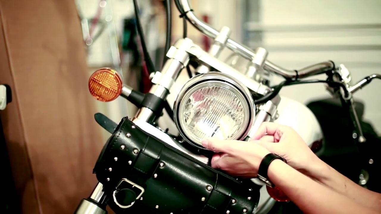 01 Honda Shadow Headlight Bulb Replacement Youtube