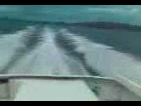 Homemade boat at cruising speed (31 knots)