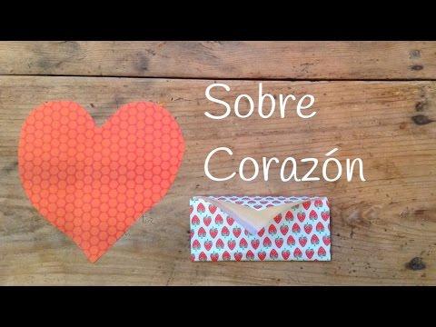 Realiza manualidades de papel fáciles y crea estupendos sobres en forma de corazón