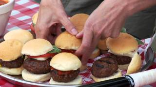 Cooking With Italian Sausage Episode 4: Sliders