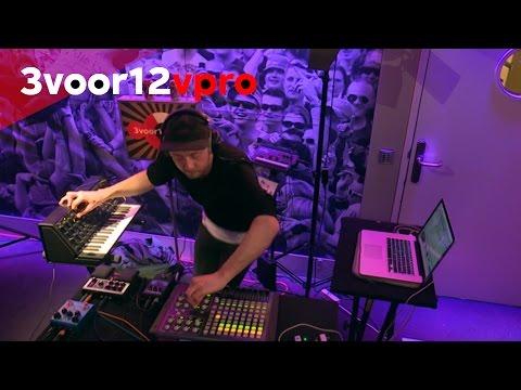 David Douglas  live at 3voor12 Radio