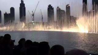 Dubai Mall Water Fountain Show - Burj Khalifa, Dubai (2015.)