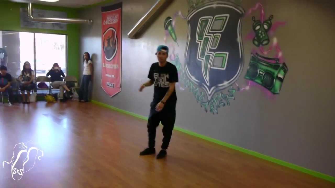"mirrors"" | choreographysal banuelos | elektrolytes | step x step"