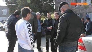 Աչաջուրի 4 թեկնածուները շրջում էին ընտրատեղամասերիով, զրուցում ընտրողների հետ