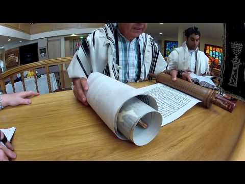Purim Megillah Esther Reading - Sassoon Yehuda Sephardi Synagogue, Melbourne, Australia - Part 1