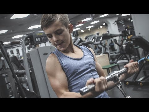 11 Years Old Bodybuilding Star - Awesome Muscle Boy With Insane Aesthetic