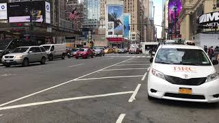 SUPER EXCLUSIVE 1ST CATCH OF BRAND NEW FDNY EMS AMBULANCE USING RUMBLER SIREN WHILE RESPONDING IN NY
