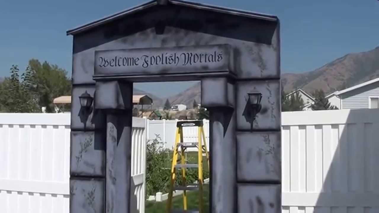 Halloween Haunt Crypt Entrance Youtube