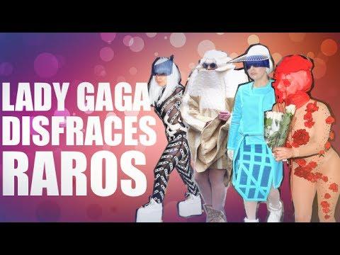 """Gaga disfrazada del reloj de """"La Bella y la Bestia"""" + cosplays"""