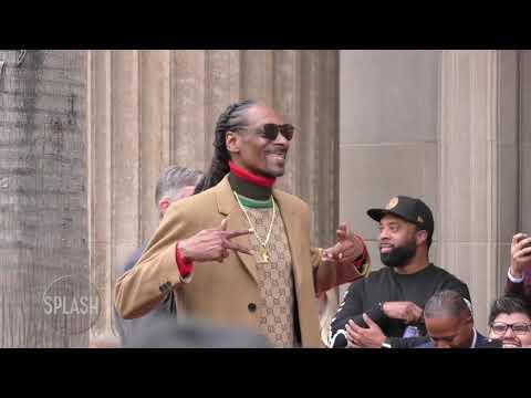 Snoop Dogg thanks himself in Walk of Fame speech   Daily Celebrity News   Splash TV