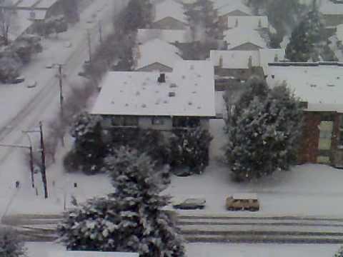 North Vancouver Snow