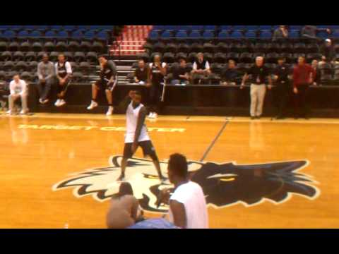 Derrick Williams,Malcolm Lee,Ricky Rubio Dance off