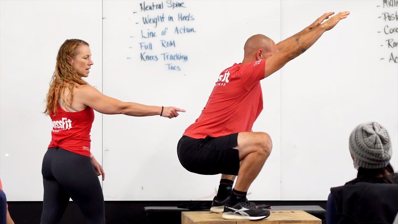 Maintaining A Neutral Spine in the Squat