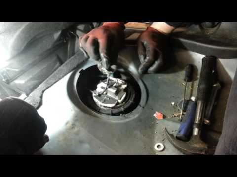 How to Change Replace Fuel Pump Peugeot 206 – Amateur Repairs