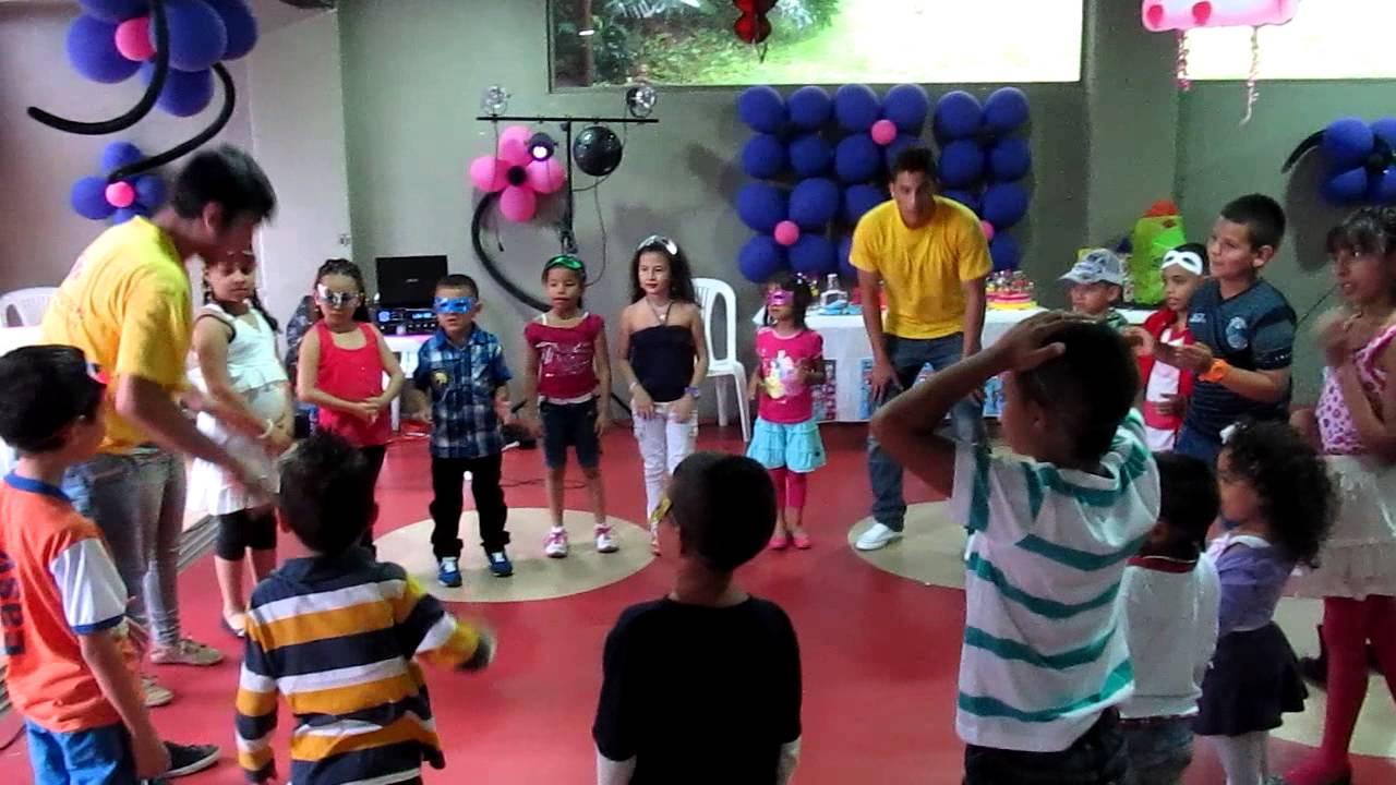 dinamicas fiestas infantiles entra el torero el pollito yo tengo un tic youtube