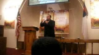 Evangelista Peter Aleman III preaching in Youth Special Service