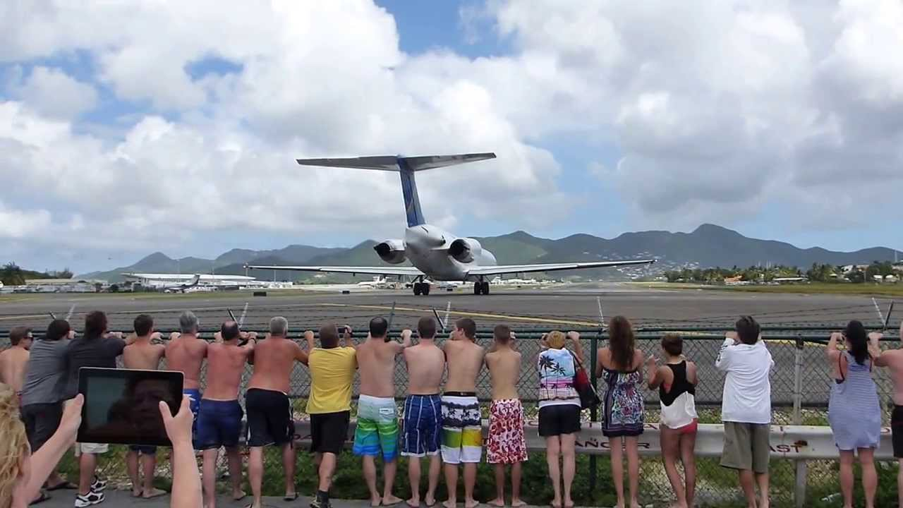 people get blown away at Maho Beach St-Maarten - YouTube