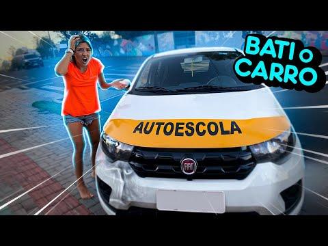 BATI O CARRO DA AUTOESCOLA ?!!