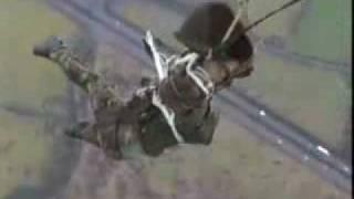Неудачный прыжок с парашюта, ВДВ рулит!