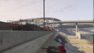 GTA V BMX STUNT (DRIVE UNDER A TRUCK)