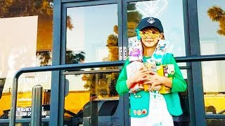 Girl Scout Picks BEST Spot To Sell Cookies
