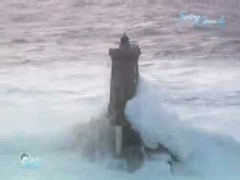 French lighthouses and VERY BIG waves during stormy weather (+ description)