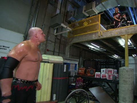 SmackDown: Edge taunts Kane with an abducted Paul Bearer