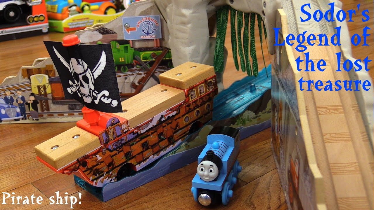 Thomas & Friends Wooden Railway: Pirate Cove Discovery Set Unboxing ...